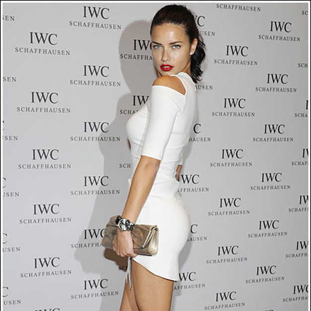 Adriana-Lima-Wearing-IWC-Big-Pilot