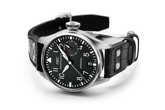 Replica_IWC_Big_Pilot_reclining